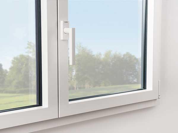 Fenêtre Alu Kline design carré
