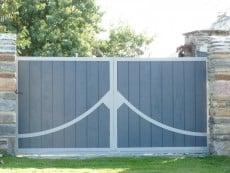 pose d'un portail en bois steelword à montpellier