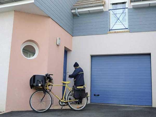 Porte de garage sectionnelle MIAMI par menuiserie du littoral montpellier