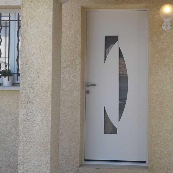 Installation porte d'entrée Alu