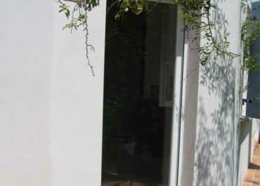 POSE FENETRES EN PVC BLANC MAUGUIO (34)